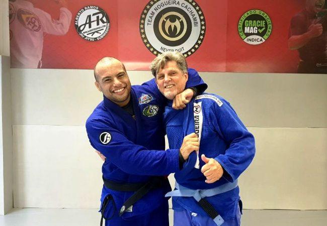 Alberto Ramos ensina sua nova técnica de Jiu-Jitsu: o amansa-sogro