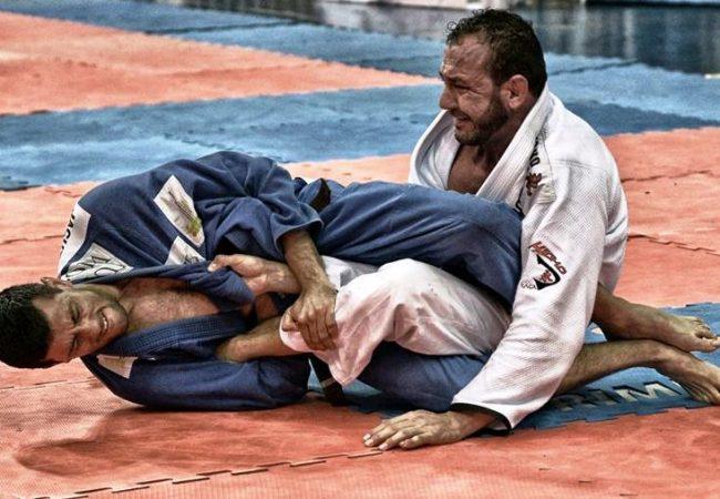 GMI: Julio Viotti ensina transição com giro para a chave de pé no Jiu-Jitsu