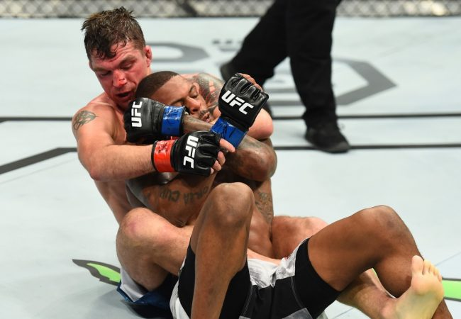 Lessons in the triangle and the choke from UFC St. Louis