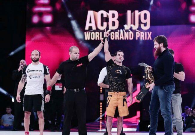 Campeão mundial e atleta do UFC, Augusto Tanquinho busca segundo título do ACB Jiu-Jitsu nesta sexta-feira