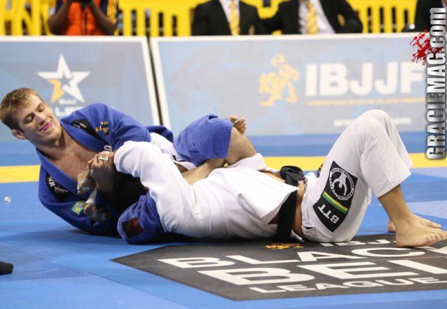 Jiu-Jitsu: Estude o ajuste do armlock com Keenan Cornelius no San Francisco Open