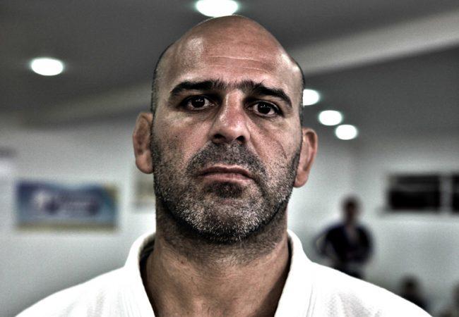 Roberto Gordo teaches an armbar from side control