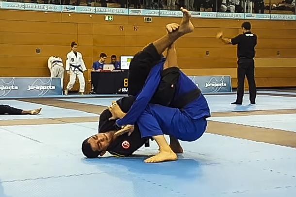 O armlock relâmpago de Jaime Canuto no Munich Open de Jiu-Jitsu