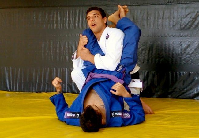 Vídeo: João Gabriel Rocha analisa o ataque e a defesa do triângulo no Jiu-Jitsu