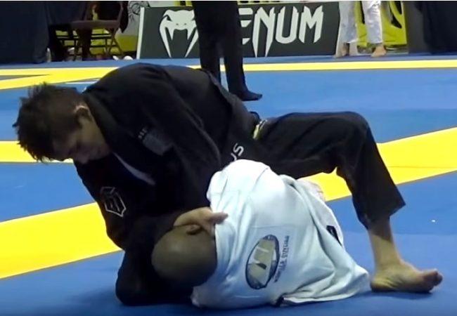 Lucas Pinheiro's choke at the Houston Open light feather final