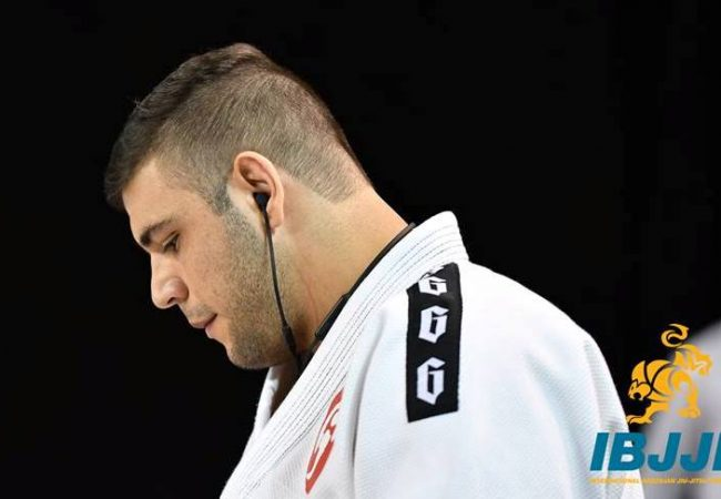 João Gabriel Rocha and the armbar detail to win at the Pan