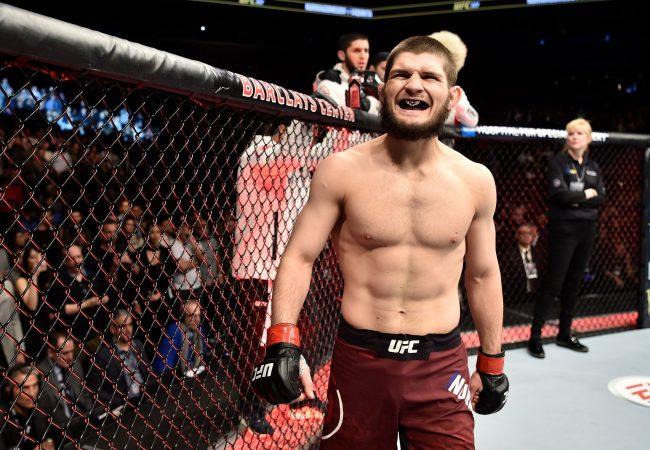 UFC 223: Khabib Nurmagomedov fatura cinturão peso leve e Rose Namajunas defende título