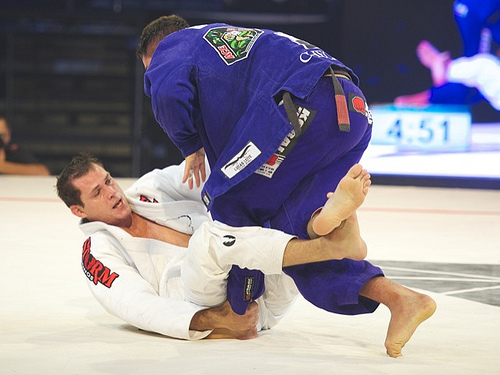 Roger Gracie — a detail to avoid losing the foot lock