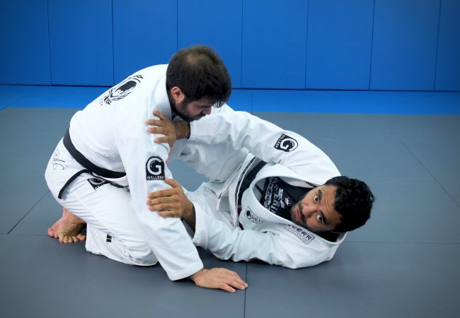 Rafael Natal teaches the best attacks from half-guard