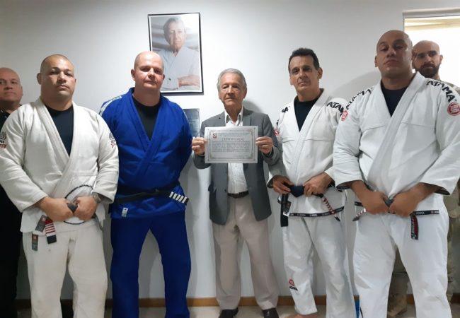 Grande mestre Robson Gracie e FJJ-Rio certificam dojo da polícia no Rio e batizam nova equipe de competição