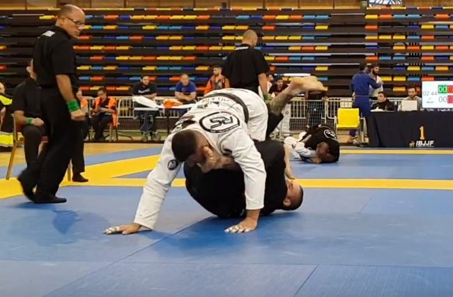 The leg lock sunk 20 seconds into a Spanish National final