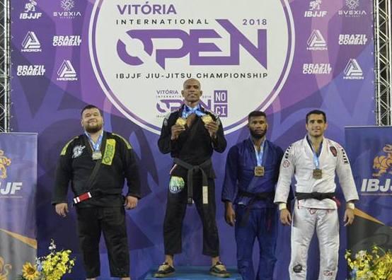 Erberth Santos e Bia Basílio faturam absoluto no Vitória Open de Jiu-Jitsu