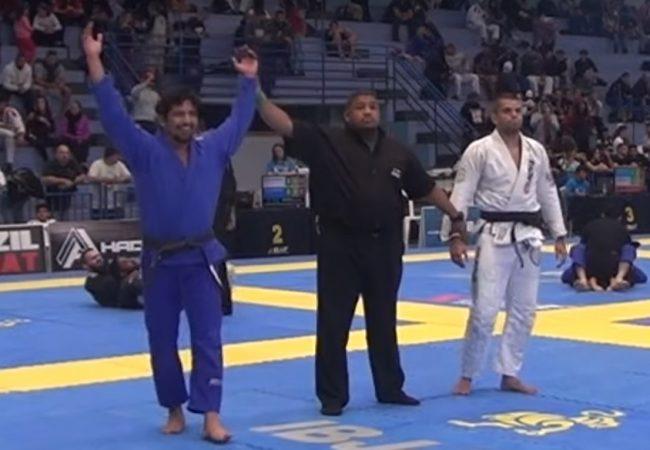 Jiu-Jitsu: A raspagem com finalização no ezequiel que valeu ouro no Floripa Open