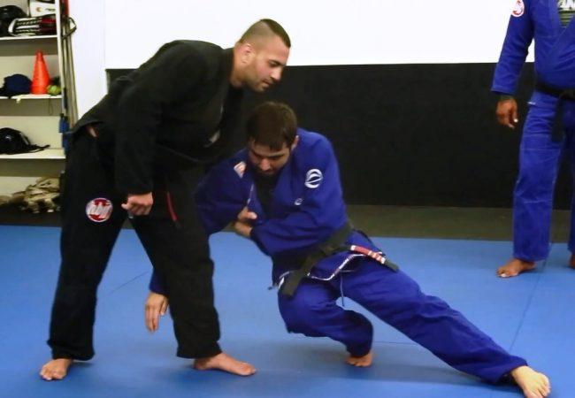 O oponente amarrou? Aprenda esta queda salvadora no Jiu-Jitsu