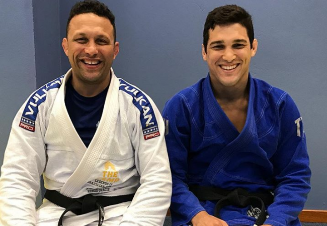 Robson Gracie, black-belt brother of Renzo, signs with Bellator