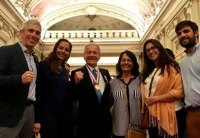 Grande mestre Robson Gracie é homenageado com a medalha Pedro Ernesto