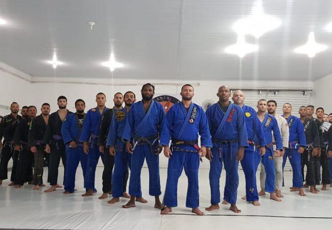 Meia-guarda profunda: Vinicius Gimenes ensina contra-ataque para chegar às costas