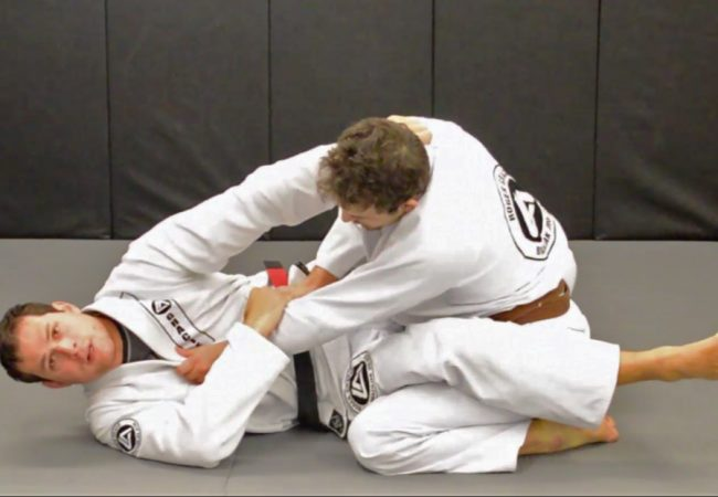 Roger Gracie teaches two finishes from the closed guard
