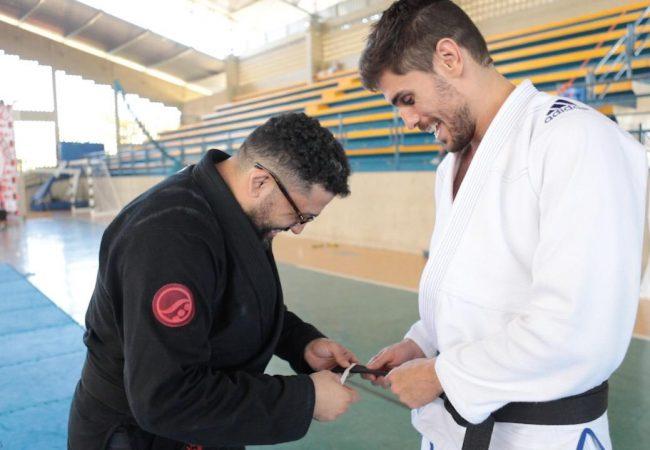 Jiu-Jitsu: Conferência Halavanca consolida método de ensino e premia melhores do ano