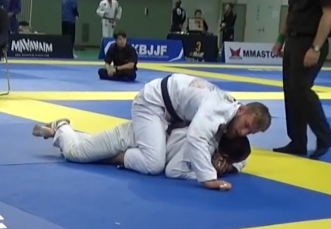 Video: Adam Wardzinski's choke from the Seoul Open
