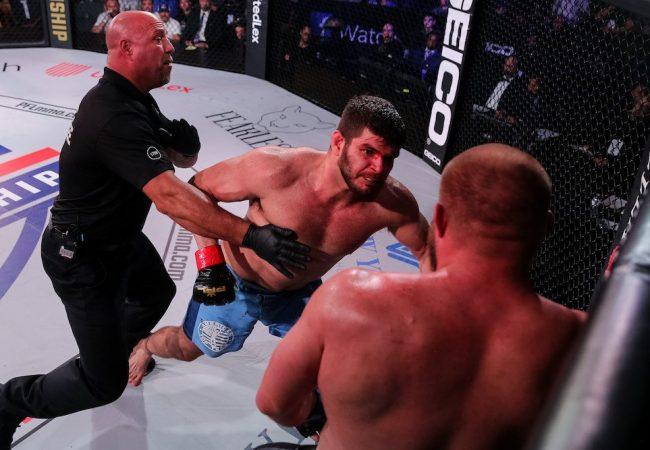 Brasileiros faturam títulos e 2 milhões de dólares no PFL MMA do Ano-Novo