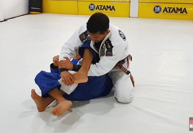 Mauro Ayres detalha finalizações em dossiê de chaves de perna no Jiu-Jitsu