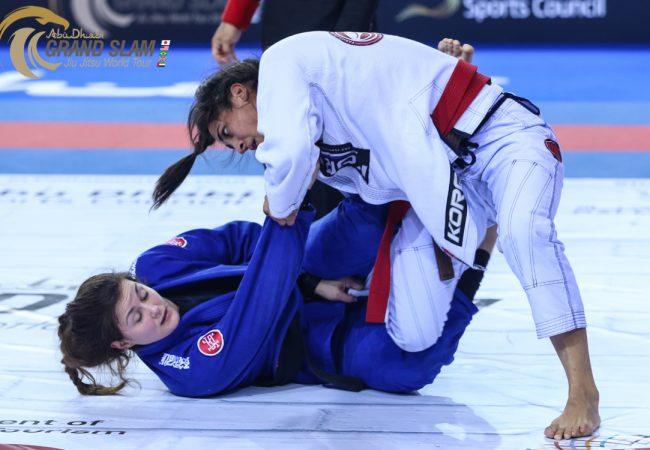 Britânica Samantha Cook mira em revanche contra Thamara Silva no Grand Slam de Londres