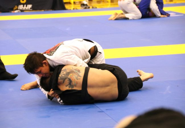 Lucas Pinheiro's choke at the Austin Open
