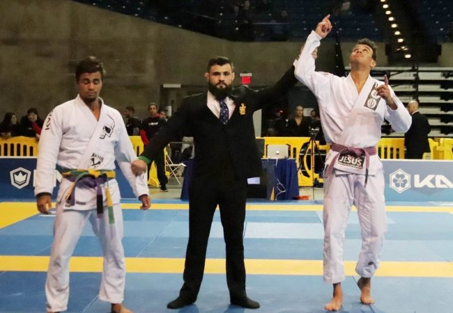 Erich Muniz wins purple belt absolute on day 1 of the 2019 Pan