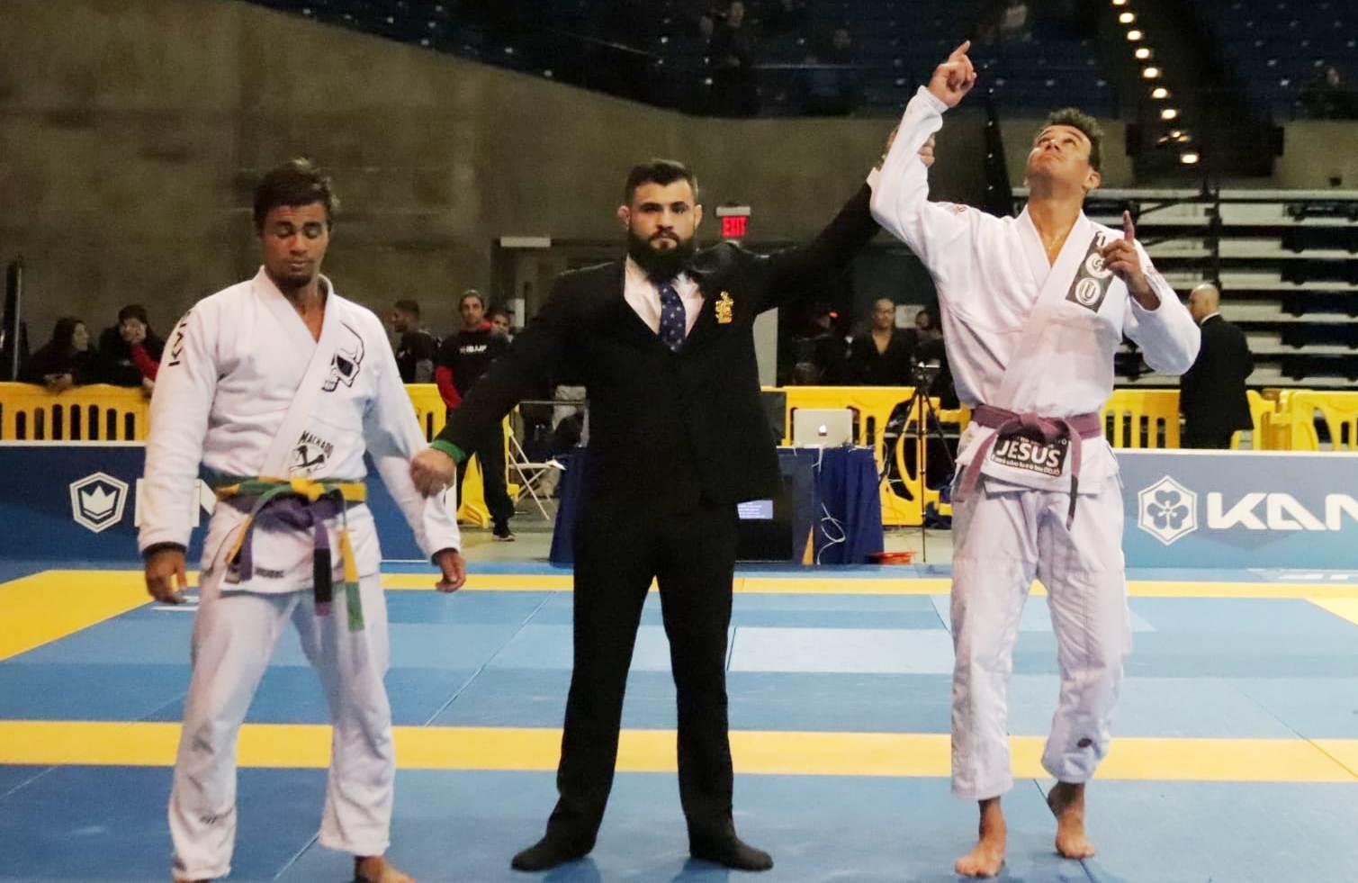 Erich Muniz wins purple belt absolute on day 1 of the 2019