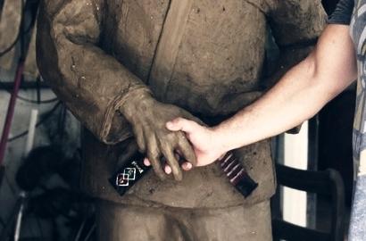 A estátua em Copacabana: aperte a mão de Carlson Gracie na segunda-feira 12 de agosto