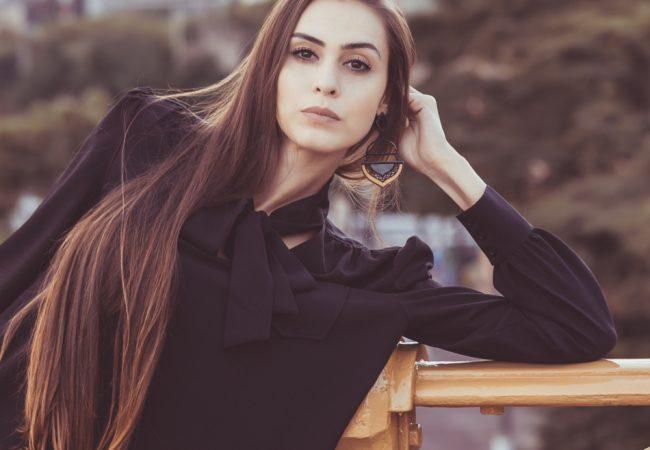 A top model que venceu anorexia, cigarro e depressão com treinos de Jiu-Jitsu