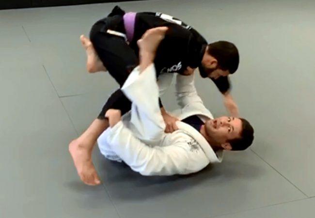 Vídeo: Vinicius Gimenes ensina raspagem da guarda one-leg no Jiu-Jitsu