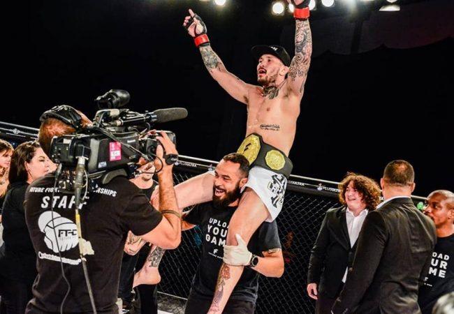 Luiz Cado finaliza Wendell Giácomo e conquista cinturão meio-médio do Future MMA