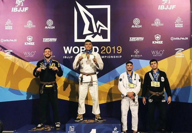 Mundial de Jiu-Jitsu 2019: Victor Hugo e Yara Soares conquistam absoluto faixa-marrom