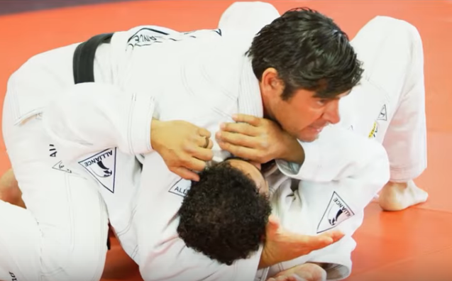 Isolate your opponent's arm and employ an adapted americana, with Felipe Neto