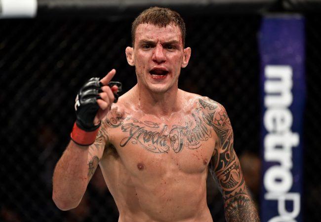 Vídeo: Renato Moicano analisa luta principal com Zumbi Coreano no UFC deste sábado