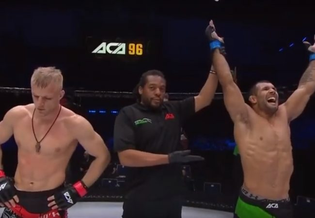 Full fight: Rodolfo Vieira puts opponent to sleep to stay undefeated in MMA