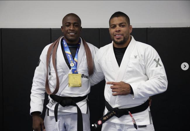 De uma equipe pequena a campeão mundial de Jiu-Jitsu: a lição de Ronaldo Junior