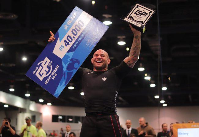 Roberto Cyborg wins IBJJF Heavyweight GP