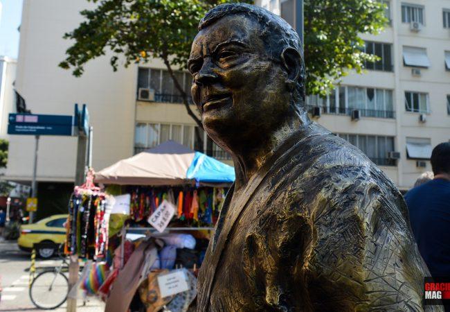 Vídeo: Grandes momentos e a emoção diante da estátua de Carlson Gracie