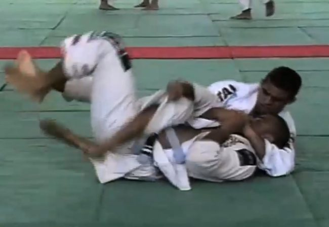 From Paquetá's vault: Vitor Belfort's mount at the '94 Brazilian Nationals