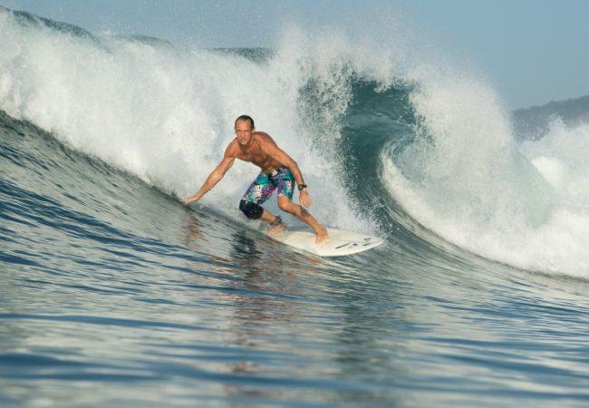 Entenda como o Jiu-Jitsu e o surfe se completam, com o professor Luiz Dias
