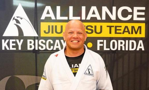 """GMI Rodrigo Antunes (Alliance KB): """"Aprender Jiu-Jitsu é cuidar da forma – física, mental e espiritual"""""""