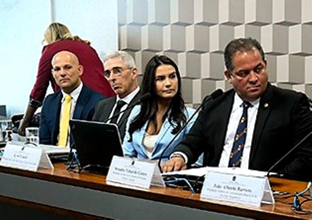 GMIs Leão Teixeira e Kyra Gracie lutam pela inclusão do Jiu-Jitsu nas escolas de todo país, no Senado