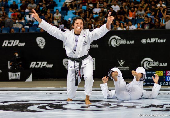 """A dica de Bianca Basílio para você treinar e evoluir no Jiu-Jitsu: """"Não se compare"""""""