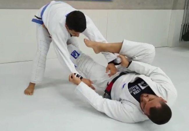 Vídeo: Edgar Guimarães ensina detalhes da guarda-laçada na Escola de Jiu-Jitsu Brasileiro