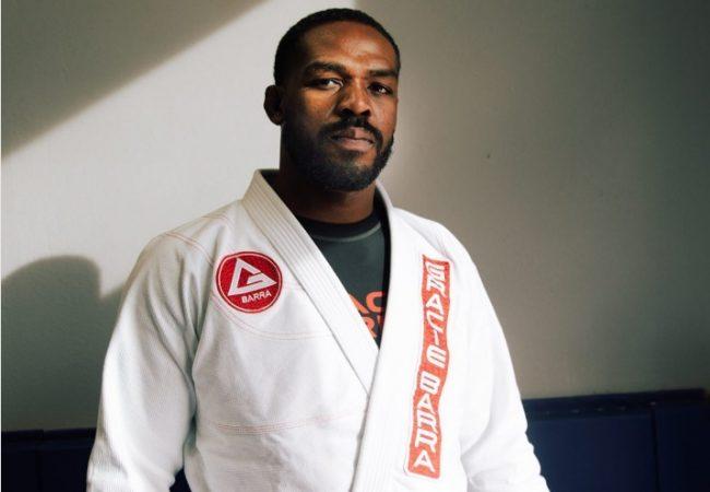 """Jon Jones é graduado faixa-roxa de Jiu-Jitsu e professor elogia: """"Melhorou como pessoa"""""""