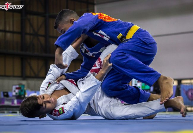 Qual o segredo para uma eficiente reposição de guarda no Jiu-Jitsu?