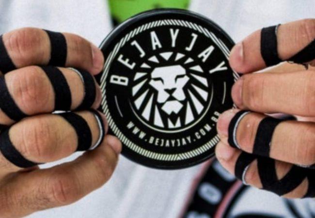 Entenda por que os médicos recomendam que você proteja os dedos ao treinar Jiu-Jitsu